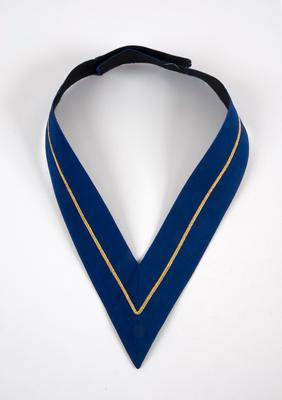 Blue mayoral collarette