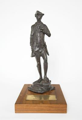 Statuette, Captain James Cook